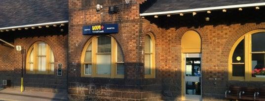 Brampton GO Station is one of Tempat yang Disukai Katie.