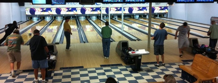 Country Club Lanes is one of Activities.