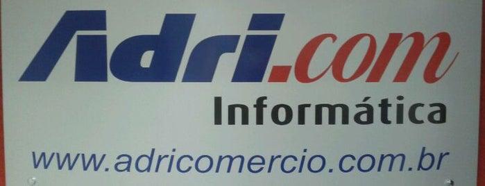 Adri.com Informática is one of Cristinaさんのお気に入りスポット.