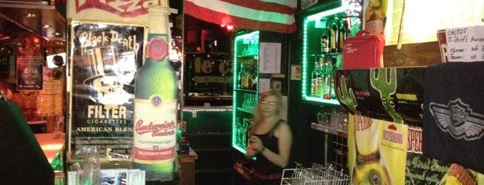 Cactus Music Bar is one of Tempat yang Disukai Etienne.