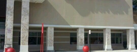 Target is one of Locais curtidos por Daniela.