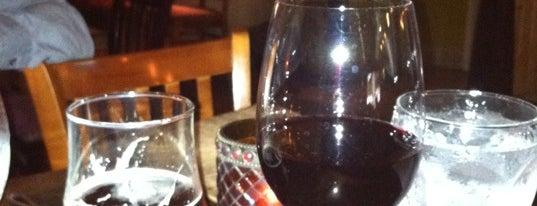 Sheila's Place Wine Bar & Cafe is one of Gespeicherte Orte von Rachel.