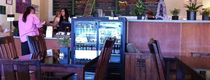 Café Del Soul is one of Tempat yang Disukai JL Johnson.