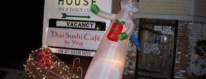 Porchside Bar & Lounge is one of Lugares favoritos de Nate.