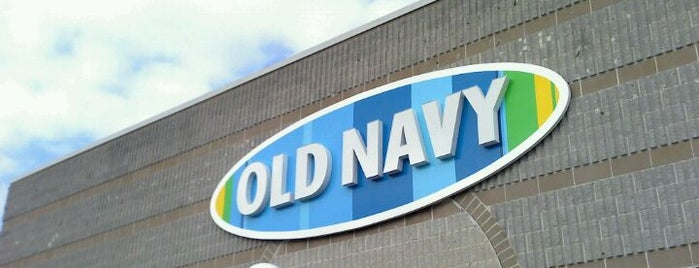 Old Navy is one of JoAnneさんのお気に入りスポット.
