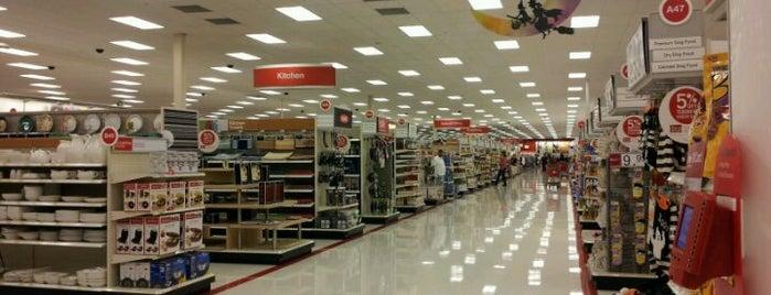 Target is one of สถานที่ที่ Jane ถูกใจ.