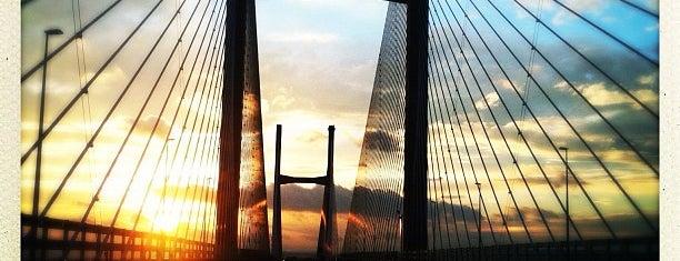 Prince of Wales Bridge is one of Carl 님이 좋아한 장소.
