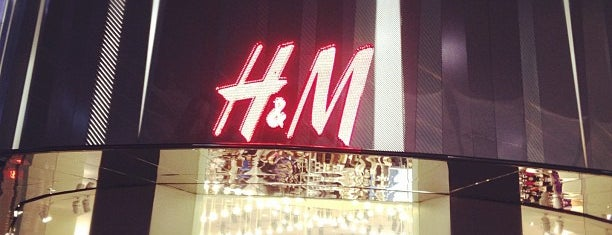 H&M is one of Singapore's Popular Places.