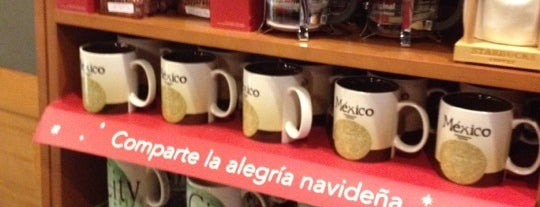 Starbucks is one of Lugares guardados de Cecil.