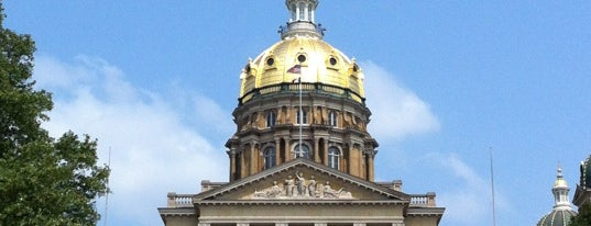 Iowa State Capitol is one of Faves DSM, MPLS, Omaha.
