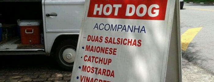 Dogão da USP is one of Onde comer bem e barato em Sao Paulo.