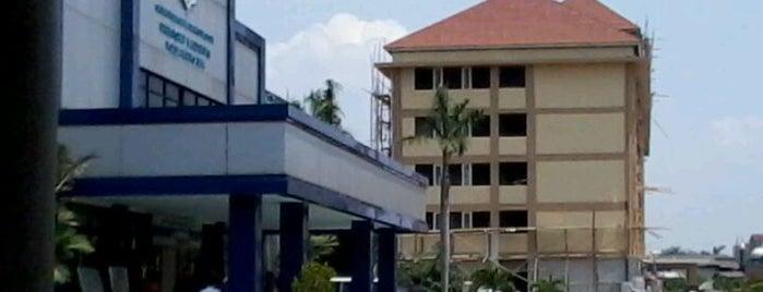 Satuan Pelaksana Administrasi SIM Direktorat Lalu Lintas Polda Metro Jaya is one of Public.