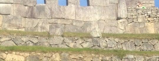 Templo de las Tres Ventanas is one of Perú.