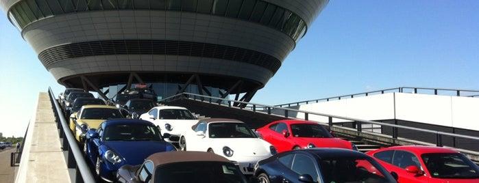 Porsche Werk Leipzig is one of Burcu : понравившиеся места.