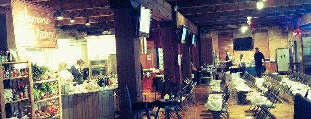 Artisan Kitchens & Baths is one of Buffalo : понравившиеся места.