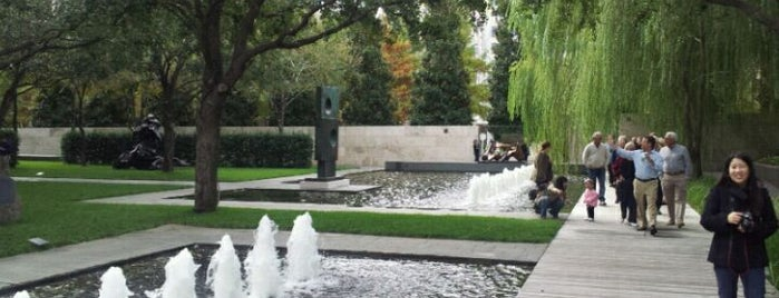 Nasher Sculpture Center is one of Dallas.