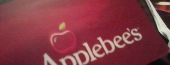 Applebee's is one of Restaurantes, Bares e Coffee Shops favoritos.