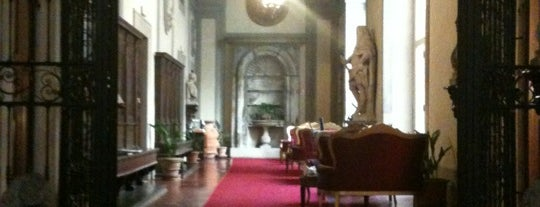 Palazzo Magnani Feroni, all Suites is one of Florence - Firenze - Peter's Fav's.