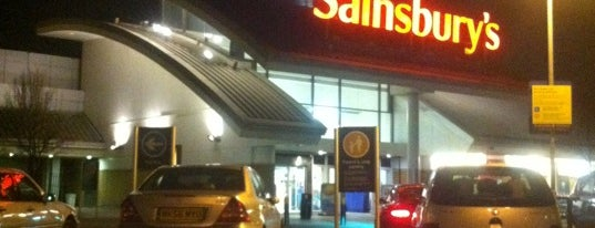 Sainsbury's is one of Lieux qui ont plu à Jon.