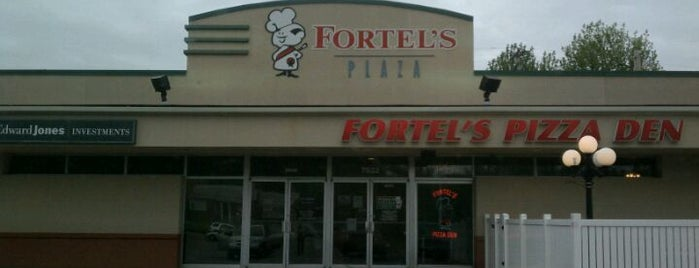 Fortel's Pizza Den is one of General Foodie.