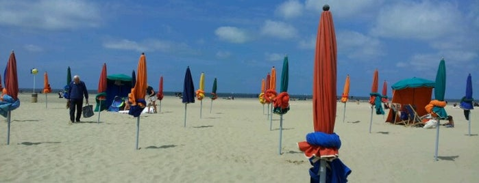 Plage de Deauville is one of Spots Checked!.