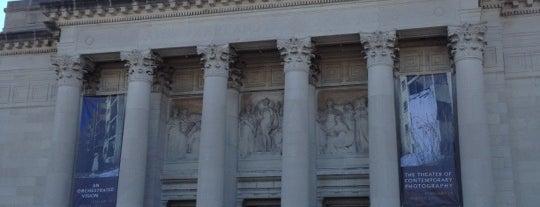 Saint Louis Art Museum is one of Best Places in #STL #visitUS.