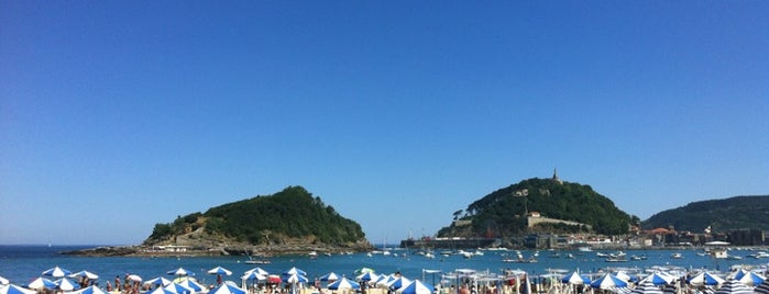 Playa de Ondarreta is one of San Sebastián.