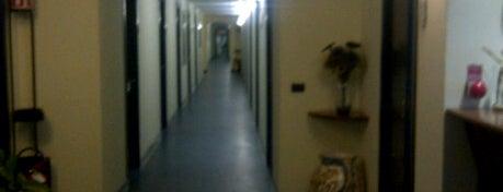 Magnolia business center rozzano is one of ufficiarredati.