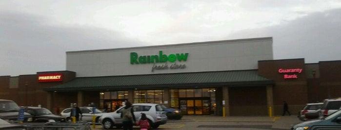 Rainbow Foods is one of Locais curtidos por Roscoe.