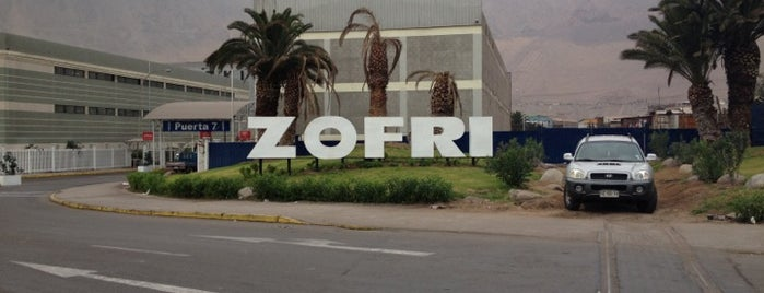 Mall Zofri is one of Fabian 님이 좋아한 장소.