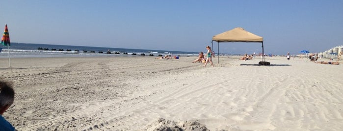 Wildwood Crest Beach is one of Wildwood.