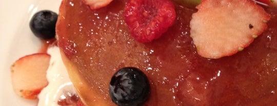 Shibuya Nishimura Fruit & Palor is one of おいしいパンケーキ&ホットケーキ屋さん.