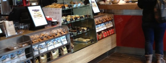 Aroma Espresso Bar is one of NYC Lunch Work Day.