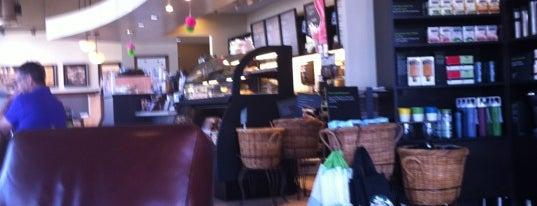 Starbucks is one of Ray'ın Beğendiği Mekanlar.