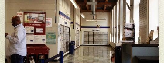 US Post Office is one of สถานที่ที่ Kevin ถูกใจ.