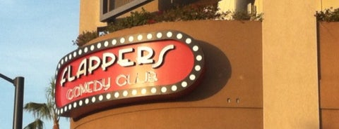 Flappers Comedy Club and Restaurant is one of Louis 님이 저장한 장소.