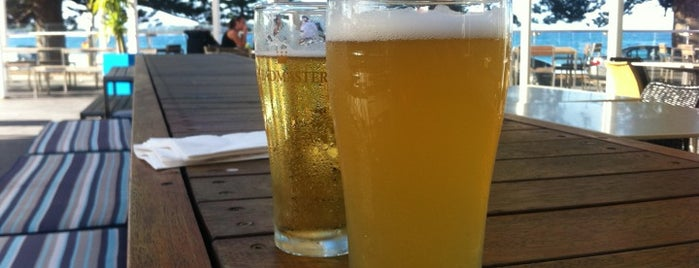Florida Beach Bar & Terrace is one of Lugares favoritos de Stuart.