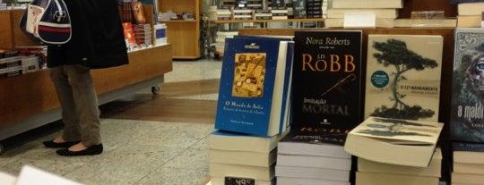 Livrarias Curitiba is one of Shopping Estação.