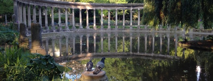 Parc Monceau is one of Paris Places To Visit.