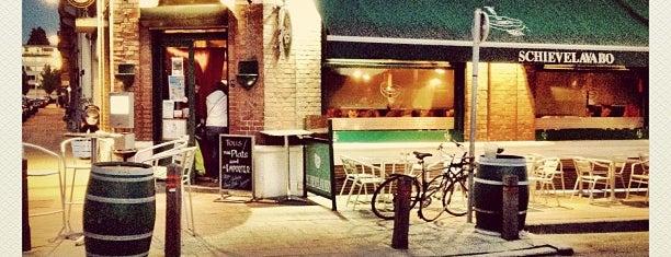 Le Schievelavabo is one of Bruxelles Restos & Café etc.