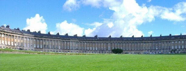 The Royal Crescent is one of Orte, die Aline gefallen.