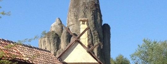 Parc Astérix is one of Theme Parks I've Visited.