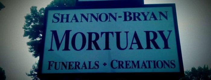 Shannon Bryan Mortuary is one of Orte, die Mark gefallen.