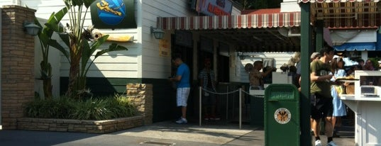 Rosie's All-American Café is one of Lieux qui ont plu à David.