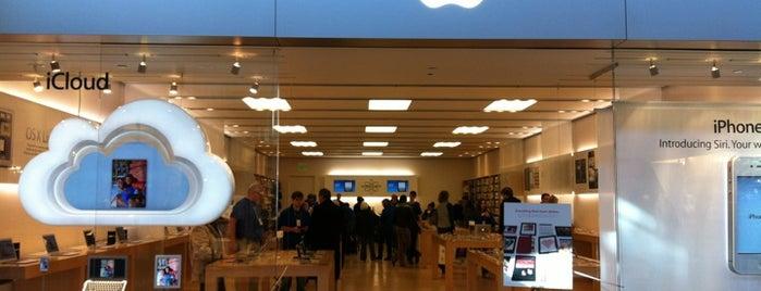 Apple Mayfair is one of Zee'nin Beğendiği Mekanlar.