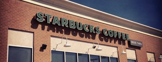 Starbucks is one of Locais curtidos por Christina.