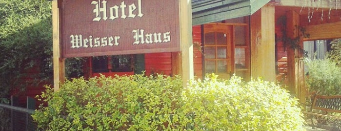 Weisser Haus Hotel is one of Karen 님이 좋아한 장소.