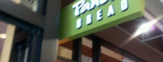Panera Bread is one of Orte, die Alex gefallen.