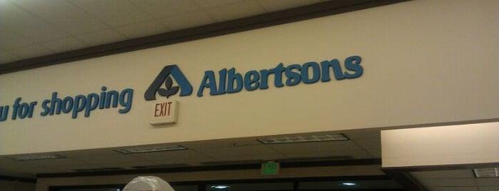 Albertsons is one of Lugares favoritos de Kevin.
