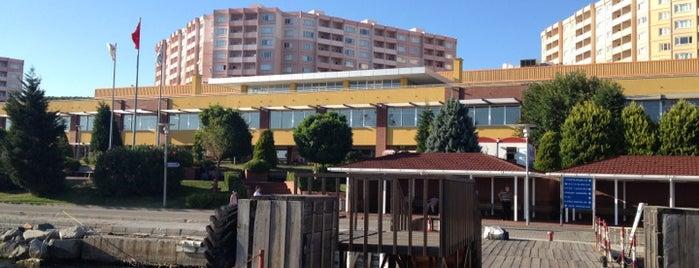 İfa is one of Lugares favoritos de Esra.